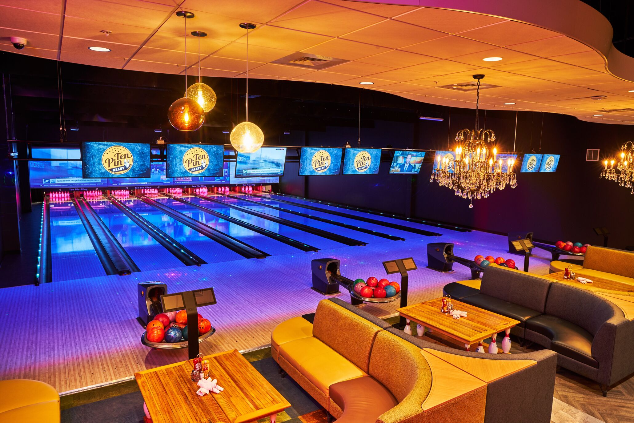 Ten Pin Alley | Brunswick Bowling