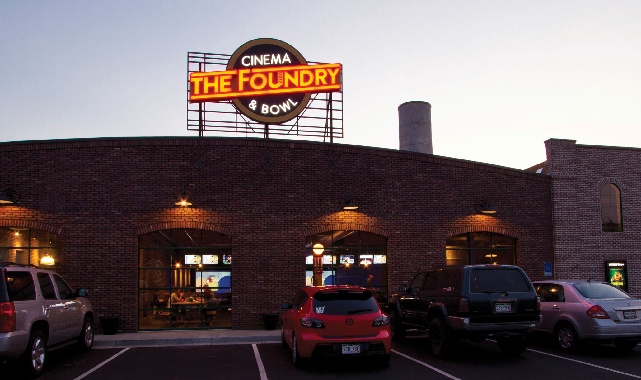 Foundry Cinema Bowl Fraser Co 16X9 02-1