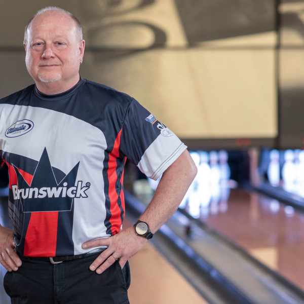 Legends of the Crown Pro Staffer Bob Learn, Jr. Portrait on the Lanes