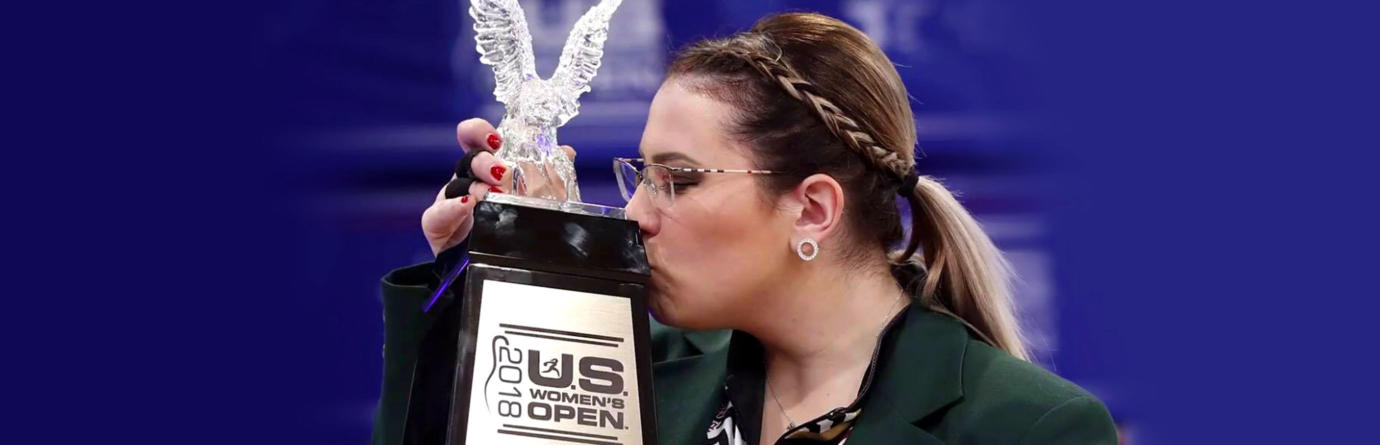 Pro Staffer Liz Kuhlkin Kissing U.S. Womens Open Trophy